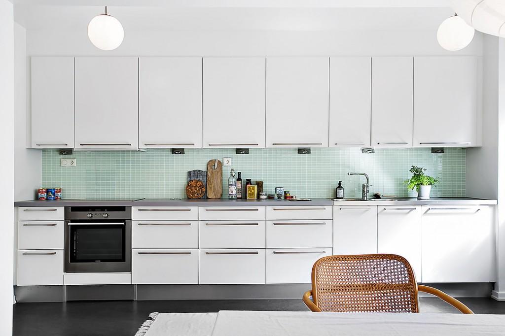 cocina con azulejo verde
