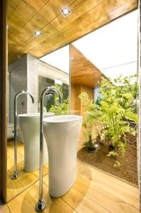 lavabo-de-bano-del-loft-industrial-en-terrassa