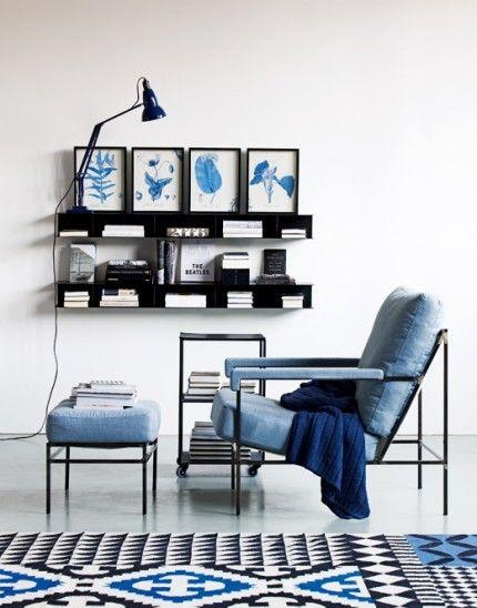 azul klein con negro y blanco